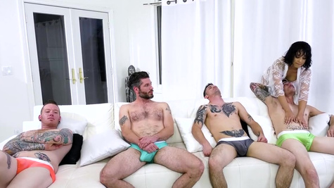 Multiple cocks at the same time made Diamond Banks cum