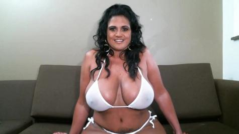 Curvy Latina MILF Kailani Kai shows and rubs hairy twat