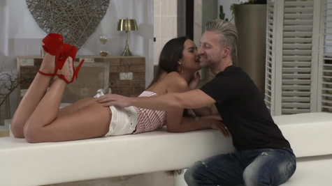 Filthy girls Mina K and Monica Brown enjoy double penetration