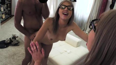 Experienced dick penetrates sweet pussy of petite Minori H