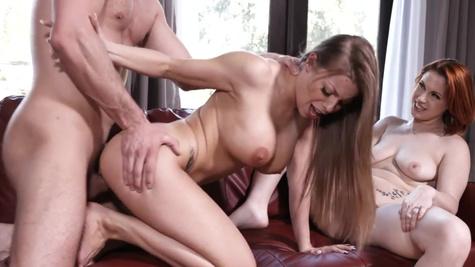 Britney Amber and Edyn Blair make the hung husband cum