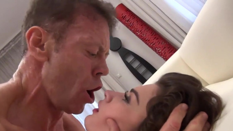Alexi Star double penetrated by director and his friend