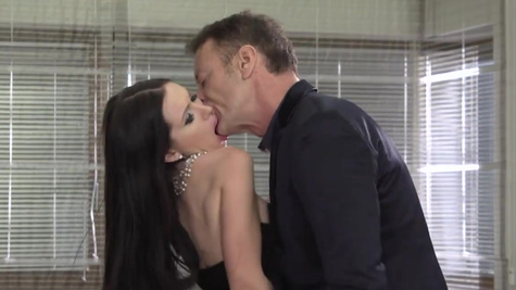 Shona River joins cheater and Sasha Rose for threesome