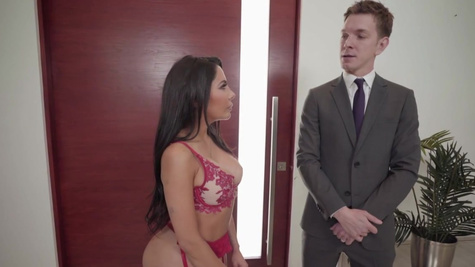 Lela Star pays her bills by sucking dick and fucking