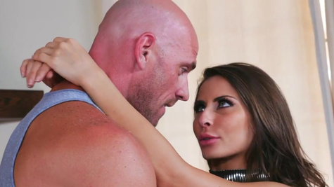 Madison Ivy finds a nice dick and gets fucked by it