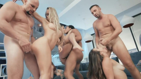 Sex-fest at the Brazzers House with raunchy pornstars