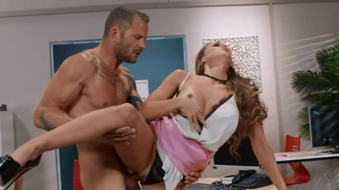 Abigail Mac is nailed by coworker for a good impression