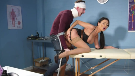 Sexy doctor Ania Kinski is fucked by big-cocked patient