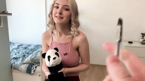 Sweet cutie Eva Elfie improves her cock sucking skills
