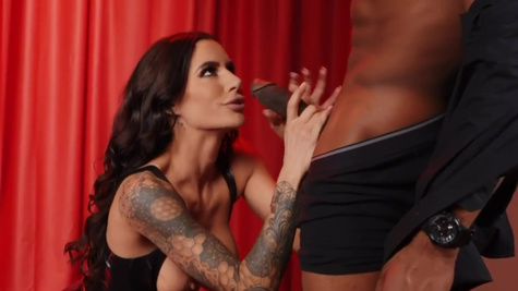Gia DiMarco is in seventh heaven because of interracial sex