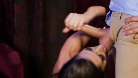 Pornstar Madison Ivy nailed in the club