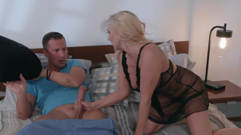 Christie Stevens in Jessie Jones is home for the weekend and he bumps into his new stepmom, Christie Stevens, shaking her ass in the kitchen, turns out she's got a bad sake of slutwalking