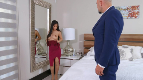 Jade Kush in Jade Kush is always grateful for the gifts her rich boyfriend Jmac has for her, especially when he brings home diamond necklaces
