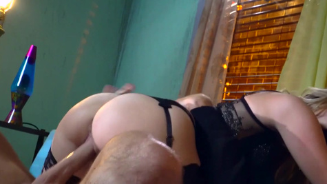 Trisha Parks feels extreme with this dick fully up her cunt