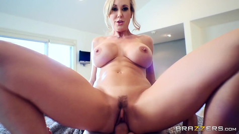 Mom Brandi Love works a gun