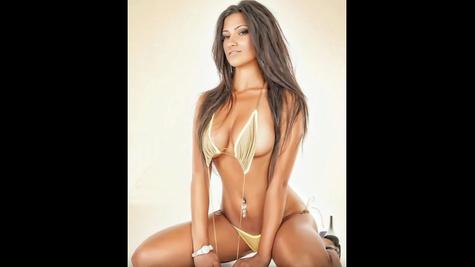 Busty beauty Michelle Kassandra