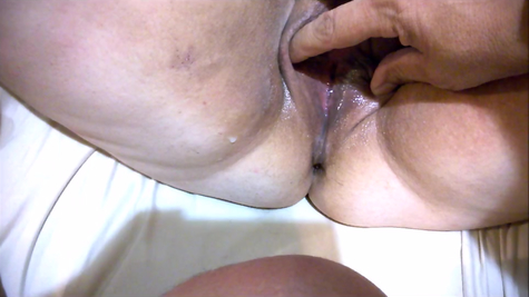 Examination of the old vagina
