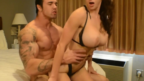 Pumped up big guy fries great with busty girlfriend