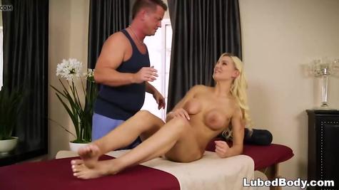 Милф порно - отличный секс со зрелой женщиной