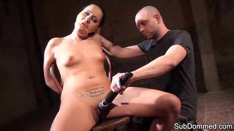 BDSM porn for tied up attractive chick