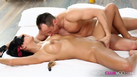 Cunnilingus and fingers - the male pleases the brunette
